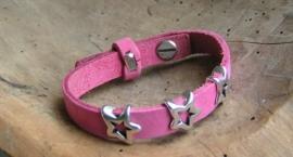 024 Leren armband met sterren - roze