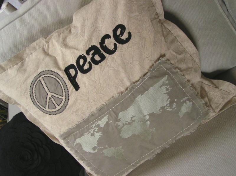 cc14 Kussenhoes Peace - zand