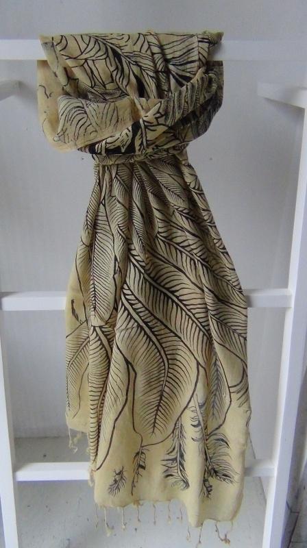 sc125 Sjaal Feathers - geel