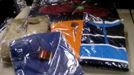 Bigmensfashion stuurt kledingpakket naar vluchteling