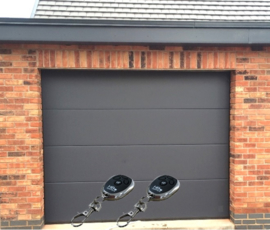 Garagedeur sectionaal B2500 x H2000
