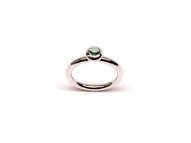 Zilveren ring met cabochon toermalijn