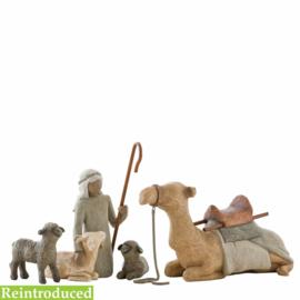 Willow Tree Herder met schapen en kameel