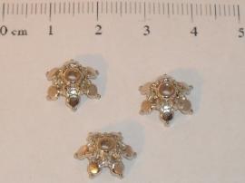 (5216) Kralenkapje 12 mm 6-punts chroom. 26 stuks.