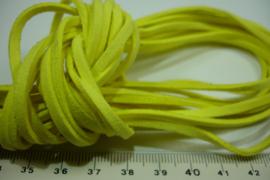 [ 6075-A ] Plat Suede Veter 2.8 mm. Geel, per meter