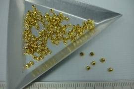 [5408 ] Metaal Kraaltje  2 mm. Goudkleur, +/- 150 stuks