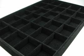 *[ 9150 ] 30 Vaks openbak 35 x 25 x 3.3 cm. Zwart Fluweel