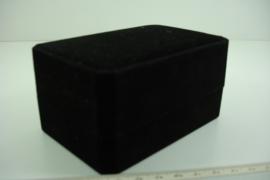 [ 9367 ] Horloge doosje 11 x 7.5 cm. Zwart fluweel