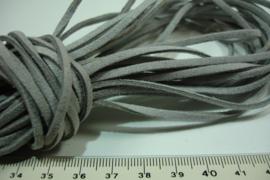 [ 6072 ] Plat Suede Veter 2.8 mm. Licht Grijs, per meter