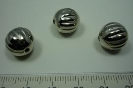 [ 5882 ] Kraal 14 mm. met ribbel, per stuk
