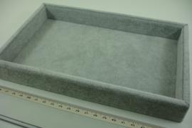 *[ 9350 ] 1 Vaks open bak klein  23 x 14.5 cm. Grijs Fluweel