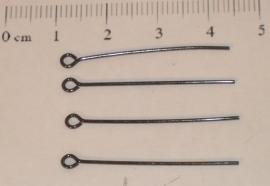 (5102) Kettelstift 30 mm glans zwart. 45 stuks.