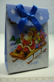 [ 5952 ] Kerst verpakking 7.5 x 10 cm. Kerstman op slee, per stuk