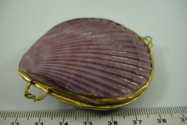 *[ 6856 ] Schelp doosje 66 mm. Paars met Gouden rand, per stuk