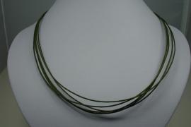 [ 5930 ] 5 Groene Draden Ketting 45 cm. met slot, per stuk