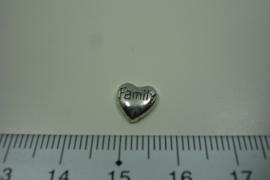 [ 8297 ] Hartje met tekst Family 8 mm.  per stuk