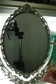 *[ 9255 ] Spiegel 43 cm. met sierranden in Zilverkleur, per stuk