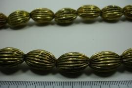 [ 5925 ] Licht Metaal kraal 19 x 12 mm. Oud Goud, streng 31 stuks