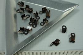 [5639 ] Veter klem 4.5 x 4 mm.  Koperkleur, 16 stuks