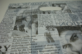 *[ 8232 ] Tas 40 x 30 cm. Krant print, 100 stuks