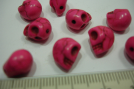 [ 0316 ] Doodshoofd  kraal 11 mm. Donker Roze, per stuk