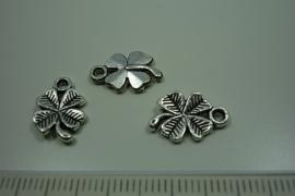 [ 0831 ] Bedel 15 x 10 mm. Klavertje 4, Zilverkleur, per stuk