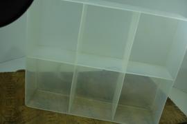 *[ gebruikt ] 6 vakken bak 37 x 30 cm. doorzichtig kunststof, per bak
