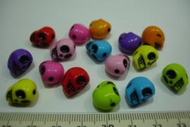 [ 6292 ] Doodshoofd kraal 12 mm. assorti van 16 stuks