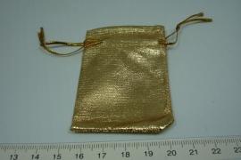 [6044 ] Kado zakje  5 x 5  cm. Goud kleur,  9 stuks