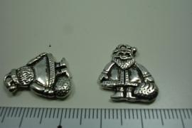 [ 0940 ] Kerstman 19 mm. Metaal Zilverkleur, per stuk