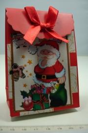 [ 5951 ] Kerst verpakking 7.5 x 10 cm. Kerstman met kadootjes,  per stuk