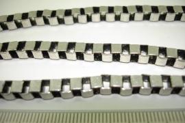 [ 6613 ] Ketting 5 x 5 mm. Box model, Oud Zilver, per meter