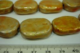 [ 7115 ] Keramiek kraal rechthoek 27 x 21 mm. Geel/Oranje, streng van 6 stuks