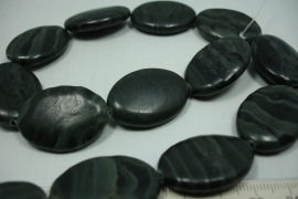 *[ 5818 ] Jaspis Groen 30 x 20 x 7.5 mm. +/- 13 stuks