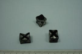 [0647 ] Hematiet kraal met metallook, 9 x 8 mm. per stuk