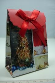 [ 5955 ] Kerst verpakking 7.5 x 10 cm. Boom/Muts, per stuk
