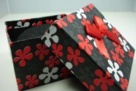 *[ 9112 ] Horloge/Armband doosje 8.5 x 8.5 cm. Rood, per stuk