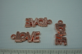 [0692 ] LOVE [ tekst  21 x 8 mm. Rosé kleur, per stuk