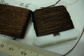 [5308 ] Nylon koord 0.7 mm. Bruin,  10 meter