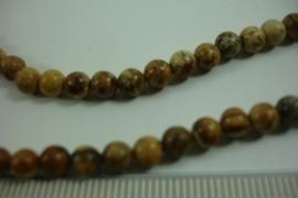 [ 6438 ] Jaspis 5 mm. Bruin gevlekt, per streng van 40 cm.