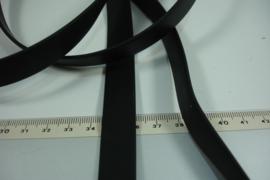 [ 8010 ] Plat Rubber 15 mm.  Zwart, per meter