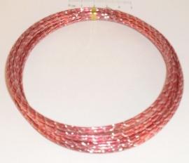 (5224) Aluminium draad 2mm gedraaid rood/verzilverd. 5 meter.