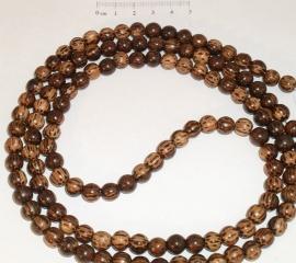 (5030) Kralenstreng hout palmhout 6 mm. Streng 1 meter