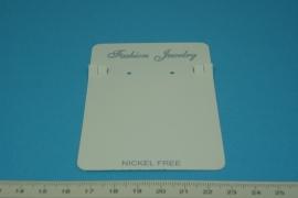 [5266 ] Oorbel kaartje 10 x 7 cm. Wit karton,  10 stuks