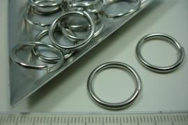 [ 5988 ] Open ring 18 mm. x 1.8 mm. dik, Chroom, 14 stuks