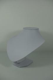 *[9042 ] Hals Punt, Wit Leer, Kort 18 cm.