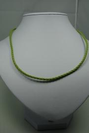 [ 5860 ] Gevlochten Groen 3 mm. kunstleer ketting met slot, per stuk