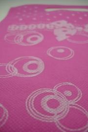 [ 8275 ] Non woven tas  19.5 x 22 cm.Roze, per 10 stuks