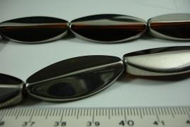 [ 6510 ] Glaskraal 36 x 16 mm. Bruin met Zilverrand, 9 stuks