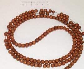 (5009) Kralenstreng gekleurd bruin hout, 6 mm.
